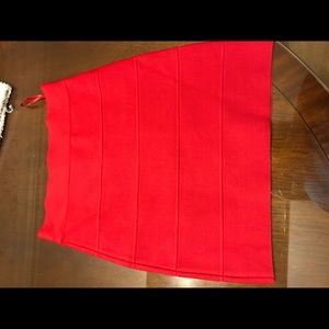 Bcbg maxazria bandage skirt size small in red